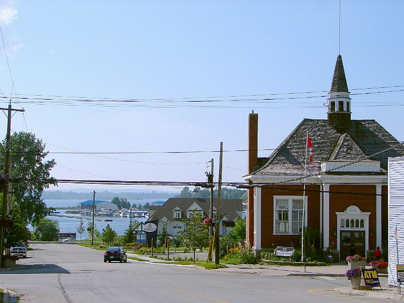 Victoria Harbour, Tay Township