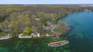 Lakefront owner wants to extend dock structure
